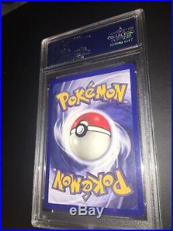 1ST EDITION SHADOWLESSMachamp 8/102 Base Set MINT PSA 8 Holo Pokemon Card