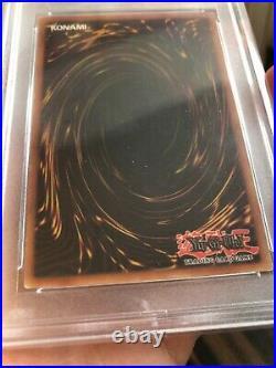 2002 Yu-Gi-Oh! BLUE-EYES WHITE DRAGON 1st Edition SDK-001 English PSA 5 EX