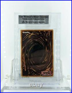 2002 Yu-Gi-Oh Dark Magician 1st Edition English Beckett 8.5 (Australian Version)