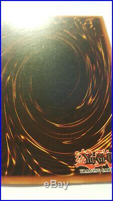 Blue-Eyes White Dragon SDK-001 1st Edition (North American) Near Mint NM+ PSA 9