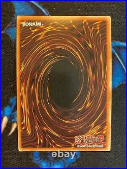 Dark Magician LOB-E003 Ultra Rare 1st Edition Yugioh