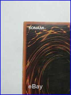 LP NORTH AMERICAN wavy Dark Magician LOB 005 1st edition ultra rare