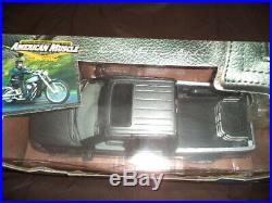 Ultra Rare 1/18 Scale 2002 Harley Davidson Limited Edition Ford F-150 Truck Gray