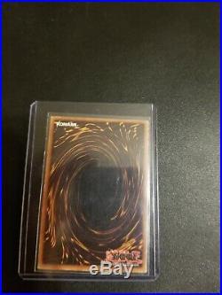 YuGiOh Blue-Eyes White Dragon LOB-001 Ultra Rare 1st Edition Moderately Play