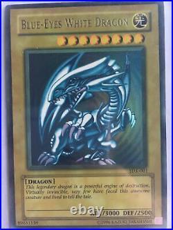 YuGiOh Edition 2002 Blue-Eyes White Dragon SDK-001 Unlimited Edition Ultra Rare