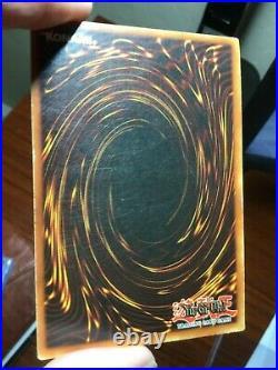Yu-Gi-Oh! 2002 Blue-Eyes White Dragon SDK-001 NA 1st Edition LP Condition