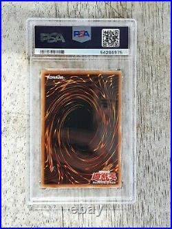 Yu-Gi-Oh! Graded Blue Eyes White Dragon SDK-001 AE 1st Edition PSA 9