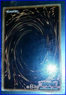 Yugioh RED EYES B. DRAGON card 1st edition, SDJ-001